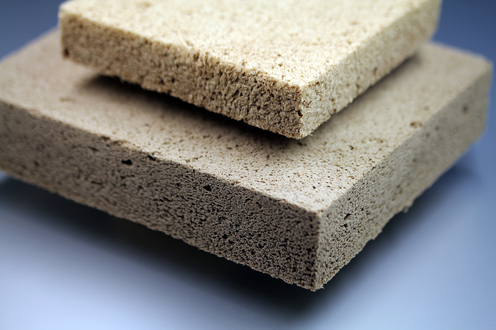 Fraunhofer: Recyclable Wood-Based Foam for Insulation & Packing  