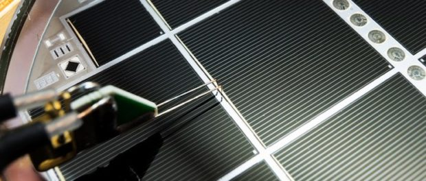 multi-junction solar cell with high efficiency